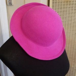 VTG Bright Fuscia Colored Wool Hat